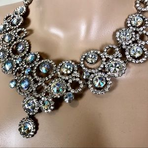 Jewelry - NWOT clear stones necklace and earrings set